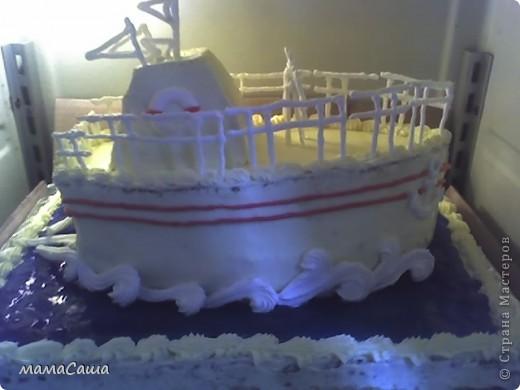 Кораблик - бисквитный торт с фруктами и творожным суфле фото 4
