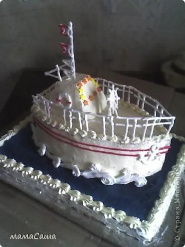 Кораблик - бисквитный торт с фруктами и творожным суфле фото 1