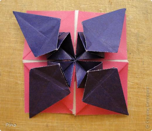 """Кусудама Триединство, а здесь есть схема - http://fikusudama.narod.ru/triedin.html  Ручки чесались на нее уже давно, но один вид схем расхолаживал. Запутывалась я на модуле А, и ни в какую. Со схемами у меня такое довольно часто, тогда приходится звонить брату (он оригами не занимается, но в детстве увлекался бумажным моделированием, а сейчас работает конструктором - не уверена, что именно это помогает ему находить нужные ответы ^_^"""", но факт остается фактом, обычно он помогает понять схему ^_^) с этим модулем мы мучились два вечера... Она состоит из 3 типов модулей. Все они делаются из квадратов одного размера. фото 48"""