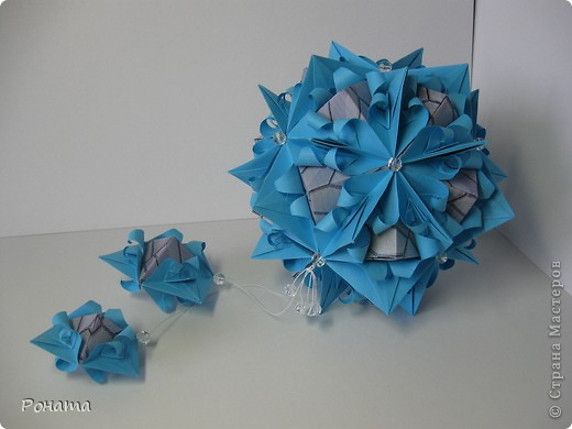 Вот такие цветы на камнях получились: фото 1