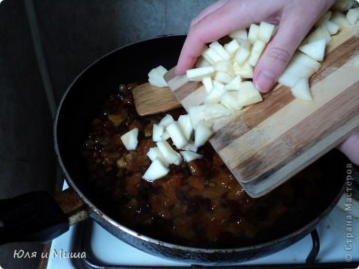 После рагу http://stranamasterov.ru/node/178240 у нас остался вареный рис. И так как мы его с Мишей не очень любим - начали думать-гадать как бы его использовать поинтересней. И вот что надумали теперь предлагаем попробовать вам! фото 7