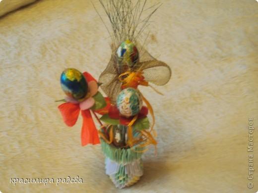 Това е моята ваза. Но вместо цветя има яица. фото 2