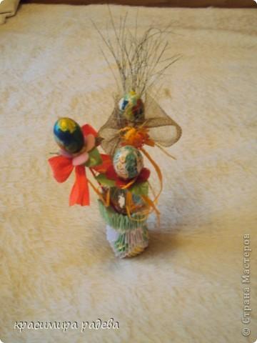 Това е моята ваза. Но вместо цветя има яица. фото 1