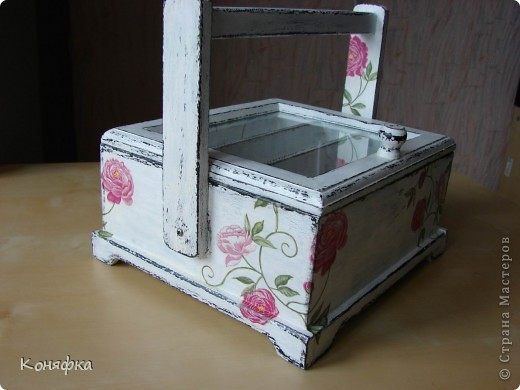 Совсем недавно сделала вот такую шкатулочку для швейных принадлежностей фото 4