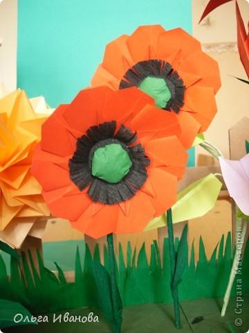 """28, 29 марта в Омске состоялся Фестиваль оригами. Мы с девчонками из кружка тоже приняли участие. Это одна из наших работ """"Бабушкин садик"""".  фото 6"""