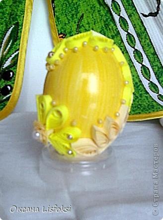 Это вся семейка. Скорлупа куриных яиц покрашена акриловыми красками. Клеила все на ПВА. Потом покрыла лаком. фото 3