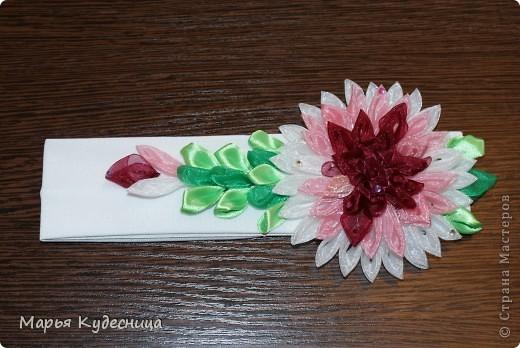 повязка для головы с хризантемой или на какой цветок похоже это творение. фото 1