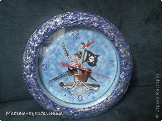 У племянника завтра день рождения, идея созрела внезапно. Дома были старые, китайские часы, ну очень дешевые. Вот что из них вышло. фото 4