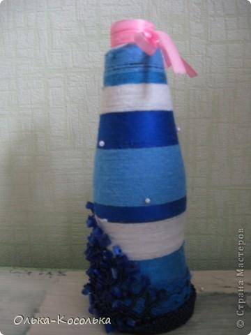 Это моя первая бутылка!!! Пока красок не было, руки уже горели что-то сделать, поэтому в ход пошли подручные материалы! фото 2