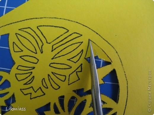 Мы продолжаем вечер наш... начало здесь http://stranamasterov.ru/node/180820?t=blog Эта открытка состоит из 2-х частей чуть по разному украшенных. Пасха ассоциируется у меня с  богатым и торжественным убранством, золотом и серебром, цвета белый, красный, лазоревый. Представляю вам красное на белом с серебром. фото 12