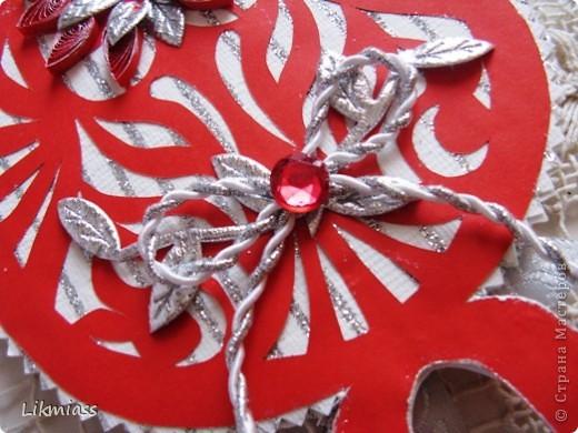 Мы продолжаем вечер наш... начало здесь http://stranamasterov.ru/node/180820?t=blog Эта открытка состоит из 2-х частей чуть по разному украшенных. Пасха ассоциируется у меня с  богатым и торжественным убранством, золотом и серебром, цвета белый, красный, лазоревый. Представляю вам красное на белом с серебром. фото 6