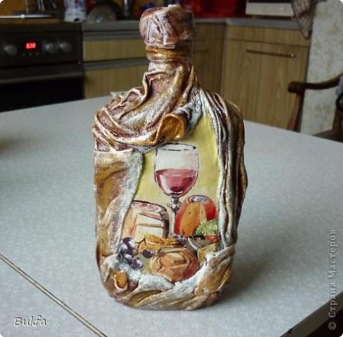 Доброе время суток, дорогие!  Вот соорудила бутылочку сыну на день рождения. Хотелось сделать празднично и для мужчины!  Не знаю, получилось ли? фото 1