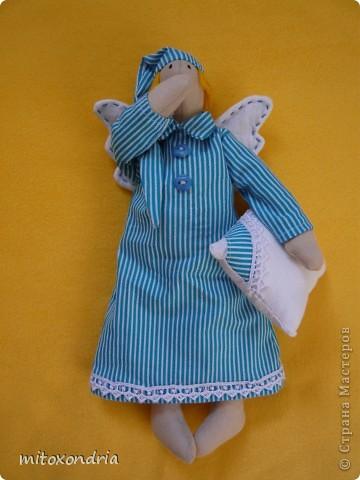 Вчера появился у меня ангелочек, назвала Тюльдик. Выкройку взяла здесь http://tildy.ru/forum/index.php?showtopic=4 фото 1