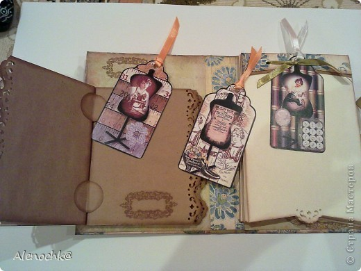 Блокнот сделан для знакомой, которая занимается шитьем на заказ. Она будет делать зарисовки заказанных моделей и записывать мерки клиентов... фото 3