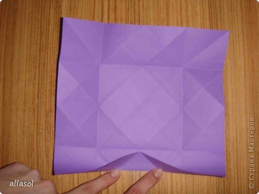"""Идея из книги Афонькиных """"Цветущий сад оригами"""".  Предлагаю сделать цветы тем, кто не боится слов """"сложить по всем намеченным линиям"""".  Делала немного по-другому, чем в книге.   фото 8"""