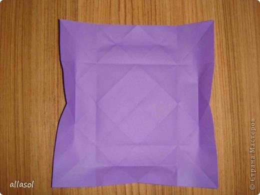 """Идея из книги Афонькиных """"Цветущий сад оригами"""".  Предлагаю сделать цветы тем, кто не боится слов """"сложить по всем намеченным линиям"""".  Делала немного по-другому, чем в книге.   фото 9"""