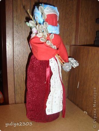 Эта кукла считается подарком и может заменять собой пасхальное яйцо. Издревле такие куколки готовились всегда перед праздником.  фото 2