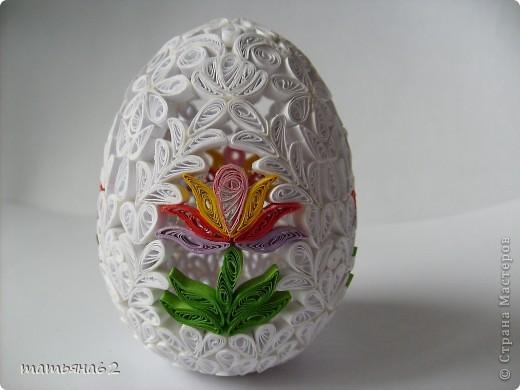 Сделав крышечку для яйца-шкатулки, захотелось сделать целое яичко. Вот что у меня вышло. фото 3