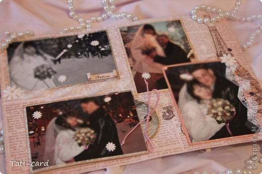 Обложка. Альбом на кольцах. Количество внутренних листов - 9. Альбом выполнен в розовых тонах, под платье невесты. Фотографию в рамке можно поменять. фото 18