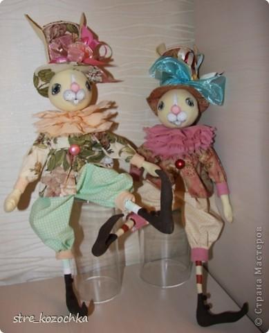 Текстильная интерьерная игрушка. Рост 55 см. Сидит. Бязь, американский хлопок, наполнитель синтепон, роспись акриловыми красками.