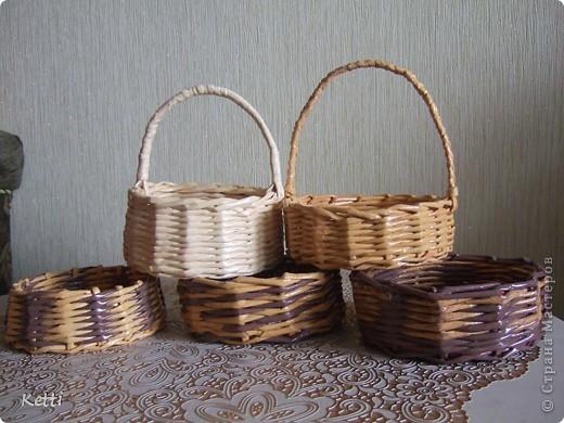 Сплела вот такие корзиночки по просьбе мамы на подарки к Пасхе.  фото 2