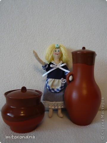 Эту куклу сшила моя мама, ей очень нравятся Тильды. Для работы использовалась выкройка принцессы на горошине, но получилась домработница Гертруда! фото 2