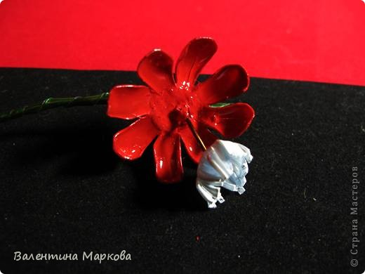 """Такие цветы были подарены нашей """"невесте""""     http://stranamasterov.ru/node/182082 .    Если вам понравился букетик, давайте вместе попробуем сотворить такие же цветы Приступим? фото 13"""