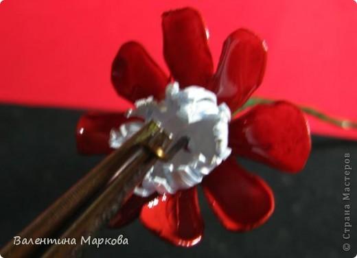 """Такие цветы были подарены нашей """"невесте""""     http://stranamasterov.ru/node/182082 .    Если вам понравился букетик, давайте вместе попробуем сотворить такие же цветы Приступим? фото 14"""