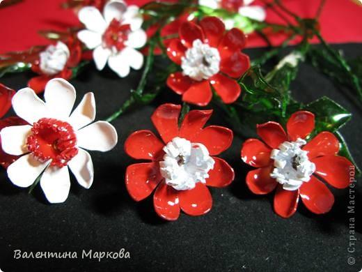 """Такие цветы были подарены нашей """"невесте""""     http://stranamasterov.ru/node/182082 .    Если вам понравился букетик, давайте вместе попробуем сотворить такие же цветы Приступим? фото 25"""