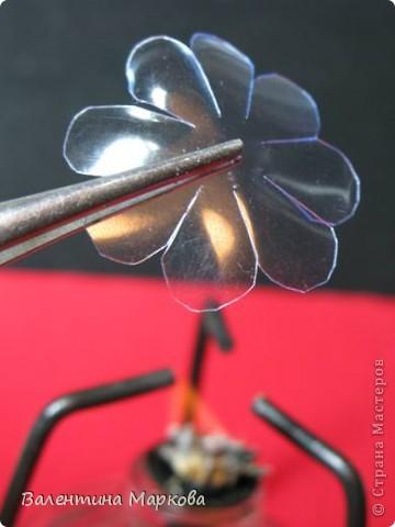 """Такие цветы были подарены нашей """"невесте""""     http://stranamasterov.ru/node/182082 .    Если вам понравился букетик, давайте вместе попробуем сотворить такие же цветы Приступим? фото 3"""