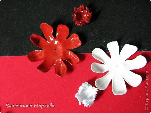 """Такие цветы были подарены нашей """"невесте""""     http://stranamasterov.ru/node/182082 .    Если вам понравился букетик, давайте вместе попробуем сотворить такие же цветы Приступим? фото 7"""