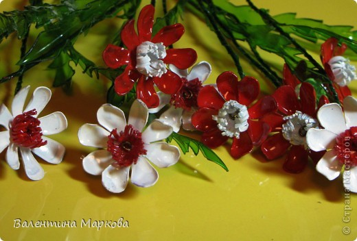 """Такие цветы были подарены нашей """"невесте""""     http://stranamasterov.ru/node/182082 .    Если вам понравился букетик, давайте вместе попробуем сотворить такие же цветы Приступим? фото 1"""
