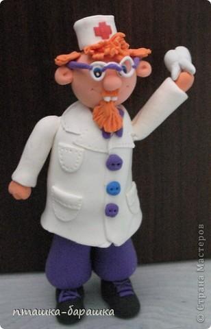 Доктора сделала моя доченька на день рождение нашего стоматолога))) фото 3