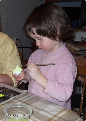Вот такие яйца из папье-маше в подставочках делали мы с детьми в воскресной школе. фото 10