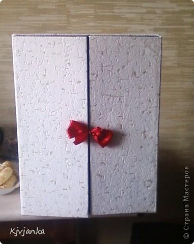 муж подарил принтер, коробку я сразу определила...))), что из неё сделаю. Только сверху обклеить обоями и внутри приклеить держатели для полочек, и шкафчик готов!!! фото 4