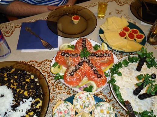 Вот такой салатик я делала на пиратскую вечеринку)))