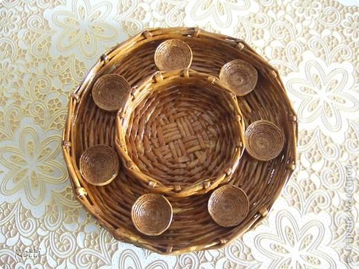 Эта плетёная корзиночка была сделана для мамы к 8 Марта, но сфоткала только сейчас. фото 5