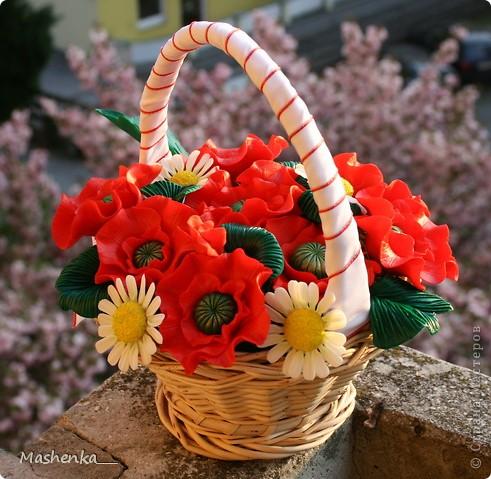 Давно мечталось о маках... Такие красивые цветы, просто огненные. Ну и несколько ромашек, чтоб подчеркнуть яркий красный. фото 4