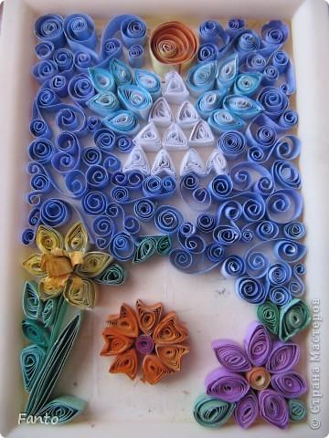 Здраствуйте ;) Я тут новенькая, но, уже успев набратся вдохновения, я создаю свой первый блог со своим мастер-классом ;) Мы будем делать ангелочка и цветы ;)  Нам понадобится: разноцветная бумага (с двух сторон), ножницы, двухсторонний скотч, маленькая рамка, картон.  фото 3