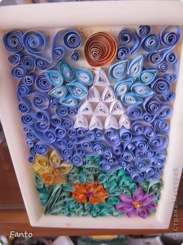 Здраствуйте ;) Я тут новенькая, но, уже успев набратся вдохновения, я создаю свой первый блог со своим мастер-классом ;) Мы будем делать ангелочка и цветы ;)  Нам понадобится: разноцветная бумага (с двух сторон), ножницы, двухсторонний скотч, маленькая рамка, картон.  фото 4