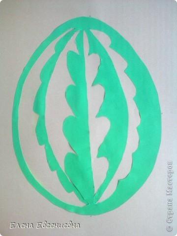 """К Пасхе решили сделать писанки в виде вытынанок. Для того, чтобы было интересней работать, попробовали разобраться со значением символики.  Узор """"рушничок"""" изобразила Алина Лысова. фото 10"""