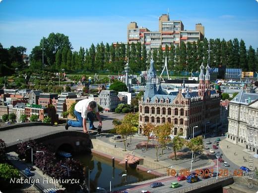 Здравствуйте жители и гости моей любимой Страны Мастеров! Приглашаю Вас всех на прогулку по Голландии. Все фотографии сделаны мною лично в 2007 году. Их более 600, и я решила отобрать некоторые, сделать репортаж и показать его Вам. Буду надеяться, что Вам понравится!   фото 4