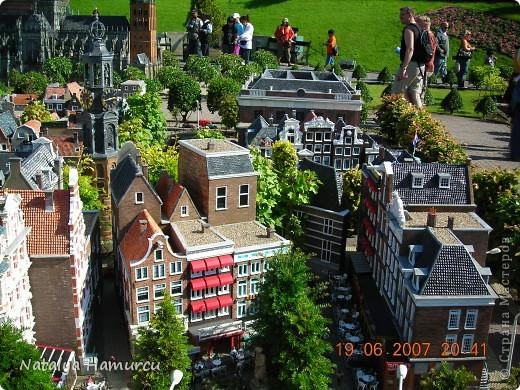 Здравствуйте жители и гости моей любимой Страны Мастеров! Приглашаю Вас всех на прогулку по Голландии. Все фотографии сделаны мною лично в 2007 году. Их более 600, и я решила отобрать некоторые, сделать репортаж и показать его Вам. Буду надеяться, что Вам понравится!   фото 7