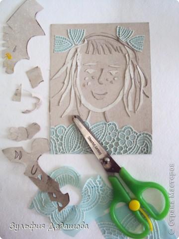 Детям нравится эта техника. Работы мы делаем небольшие - 1/4 или 1/2 формата А4. Печатаем на белой или тонированной бумаге, также можно делать подцветку акварельными красками. Работы детей 8 -10 лет. фото 12