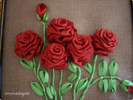 Вот такие пасхальные розы вышила подруге на светлый праздник Воскресения Христова. фото 2