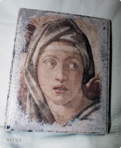 Визитница, использовала декупажную карту, акриловые краски, одношаговый кракелюр. Передняя сторона фото 1