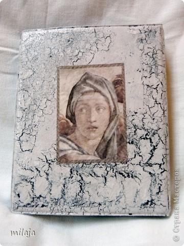 Визитница, использовала декупажную карту, акриловые краски, одношаговый кракелюр. Передняя сторона фото 2
