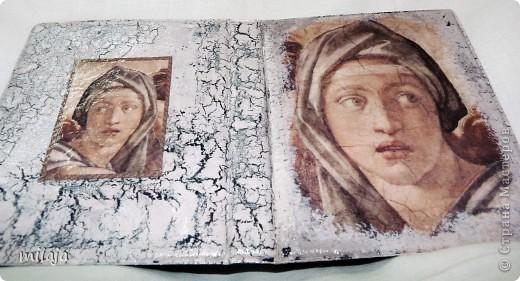 Визитница, использовала декупажную карту, акриловые краски, одношаговый кракелюр. Передняя сторона фото 3