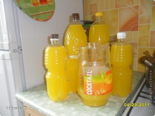 7 литров апельсинового сока из 4 апельсинов, о как!