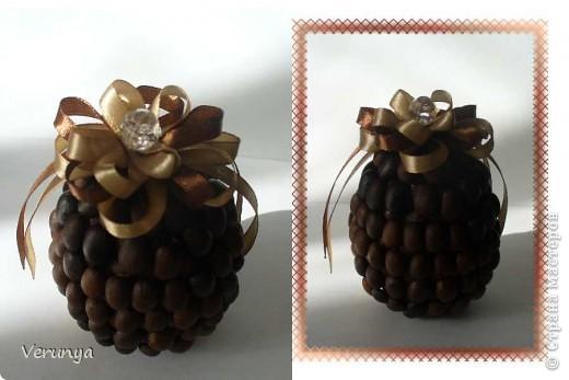 Подарок тётушке. Увидела в интернете, как украсить лентами и бисером яйцо к Пасхе. фото 2